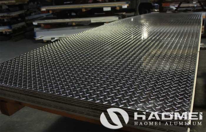 tread plate aluminum